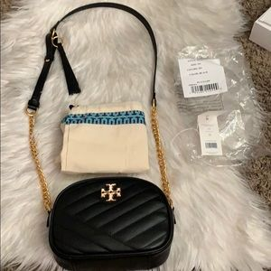 Tory Burch Kira Small Camera Bag in black